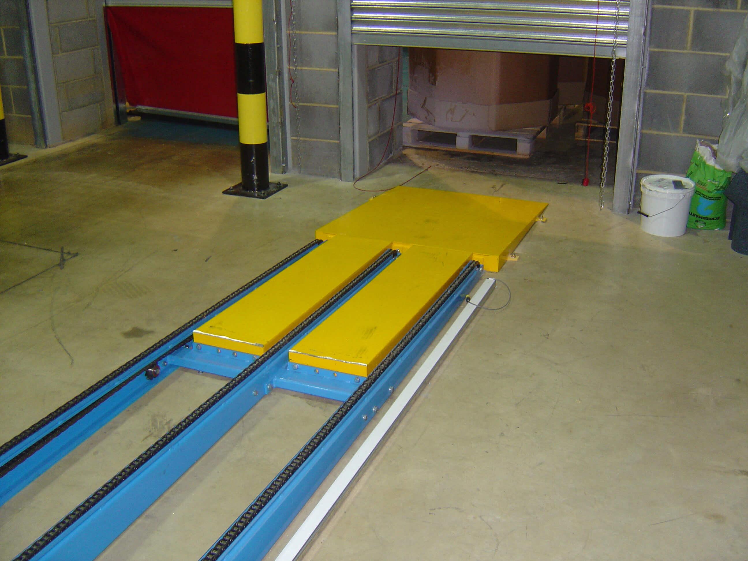 conveyor chain end